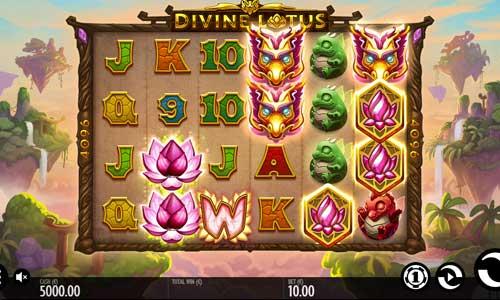 Divine Lotussymbol upgrade slot